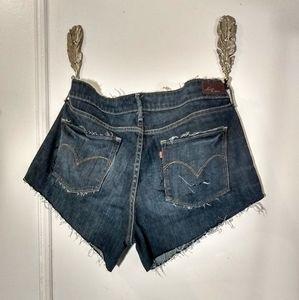 Levi's Demi Curve Size 33 cutoff shorts